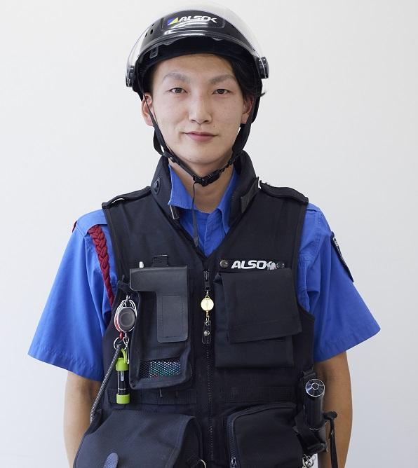 日本ガード_先輩社員①(警備輸送)
